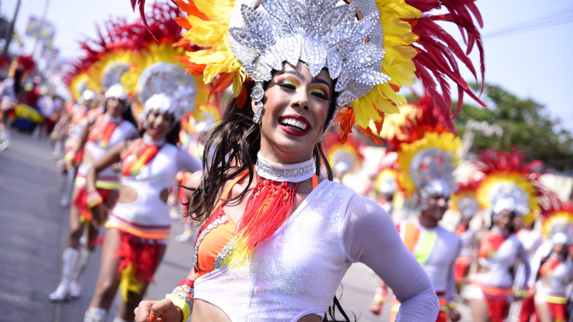 Fantasia de Pequena Sereia para o Carnaval passo a passo