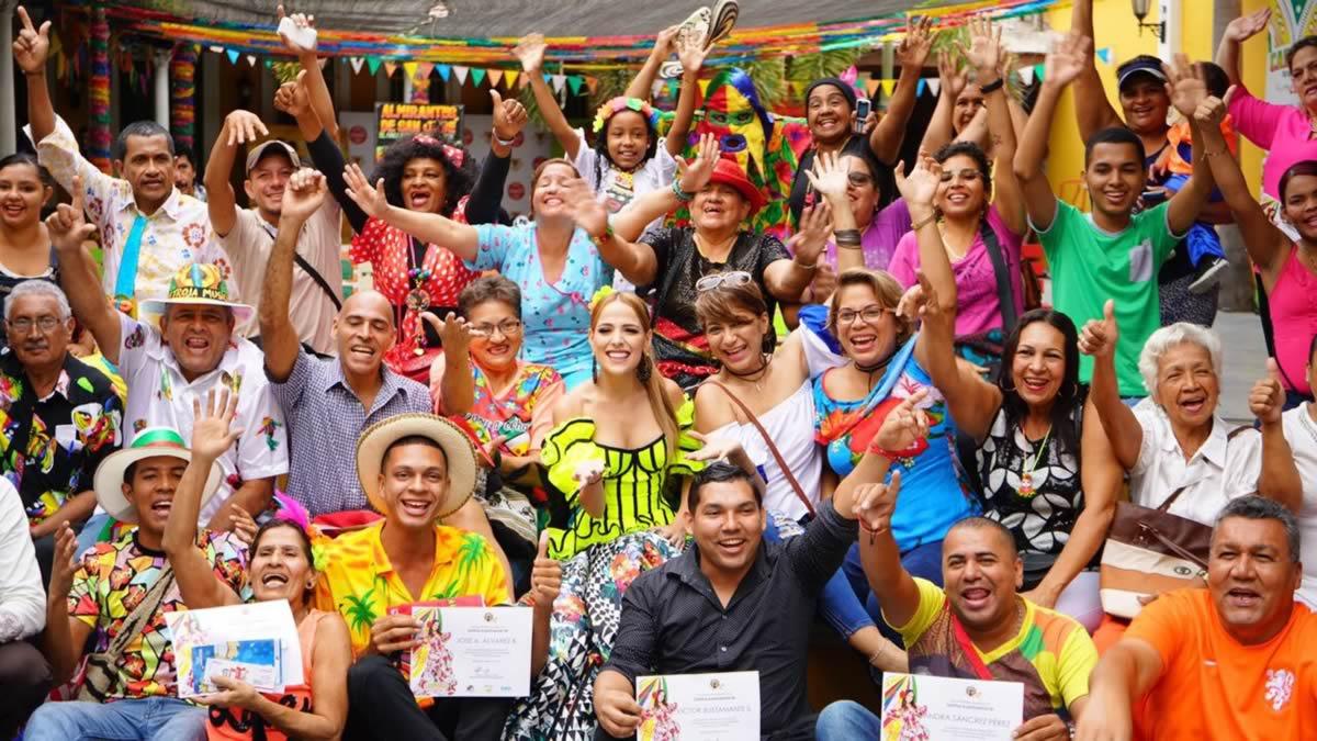 Ingenio, creatividad y verbenas protagonistas de las Fachadas ganadoras del Carnaval 2017