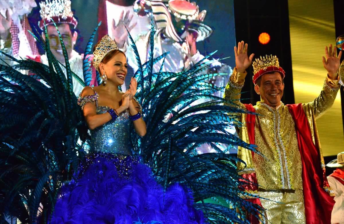 Espectacular noche de Coronación de los Reyes del Carnaval