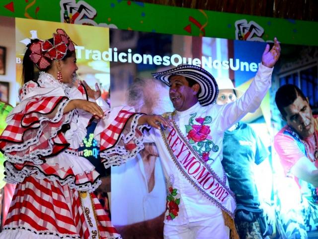 La Reina Popular, Eliana Pagán, y el Rey Momo, Germán Álvarez, acompañaron a nuestros hacedores en el evento.