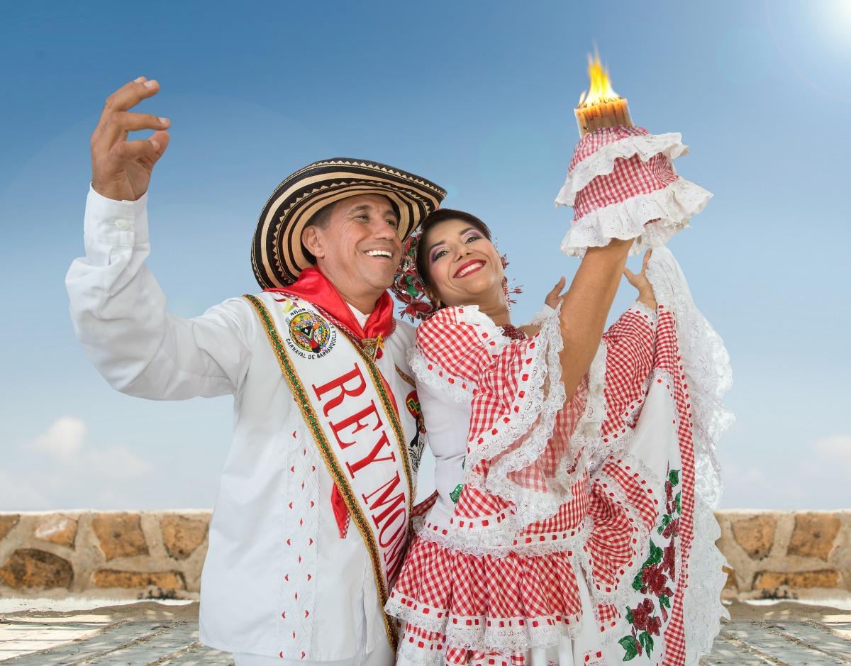 Rey Momo Germán Álvarez preside el XV Encuentro Internacional de Cultura y Folclor