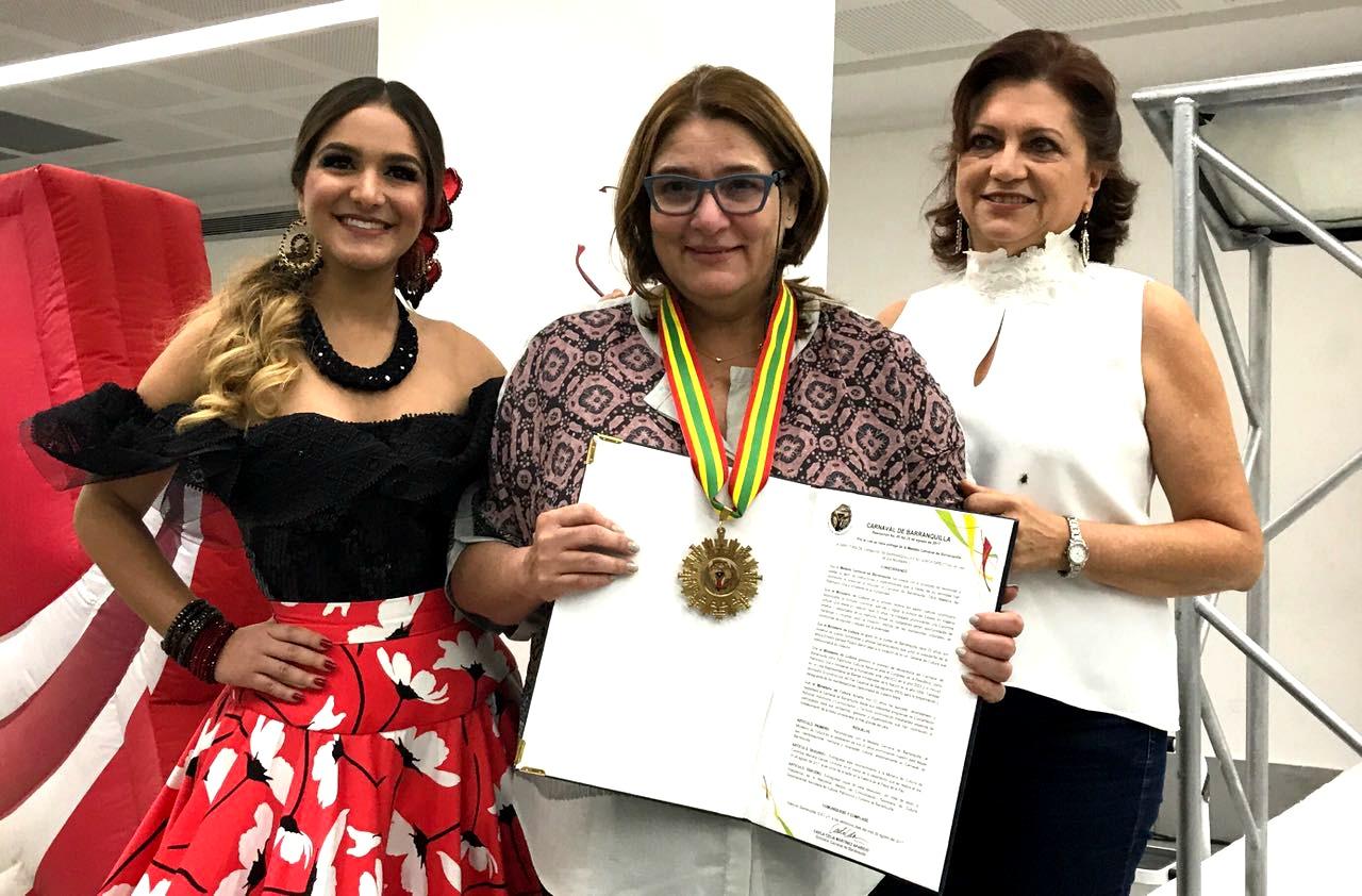 Medalla Carnaval de Barranquilla a MinCultura en celebración de sus 20 años