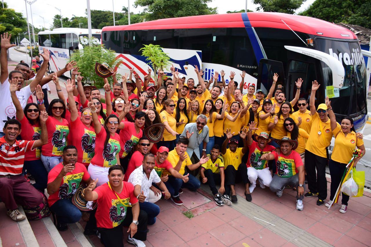 Partió la delegación de la Banda de Baranoa y el Carnaval de Barranquilla a despedir al Papa Francisco en Cartagena