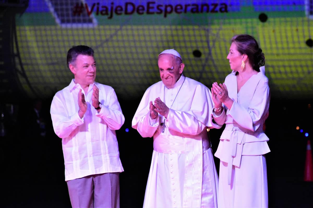 Hasta pronto Papa Francisco, así lo despidió el Carnaval de Barranquilla