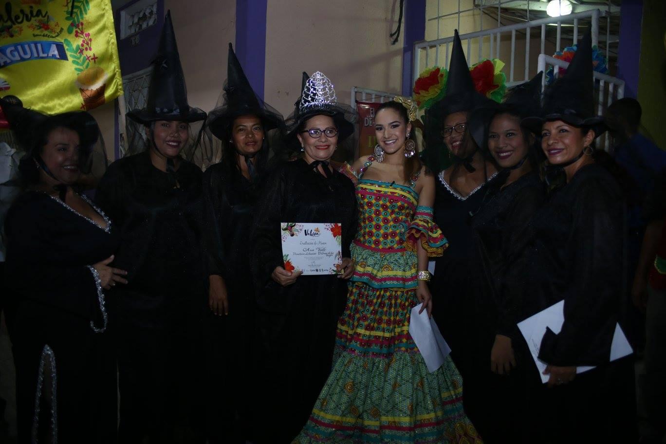 Ana Valle, directora del grupo de letanías El Correo de las Brujas