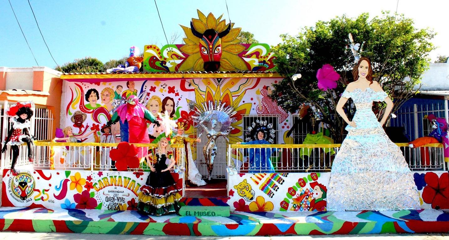 Las fachadas de Barranquilla se visten de Carnaval