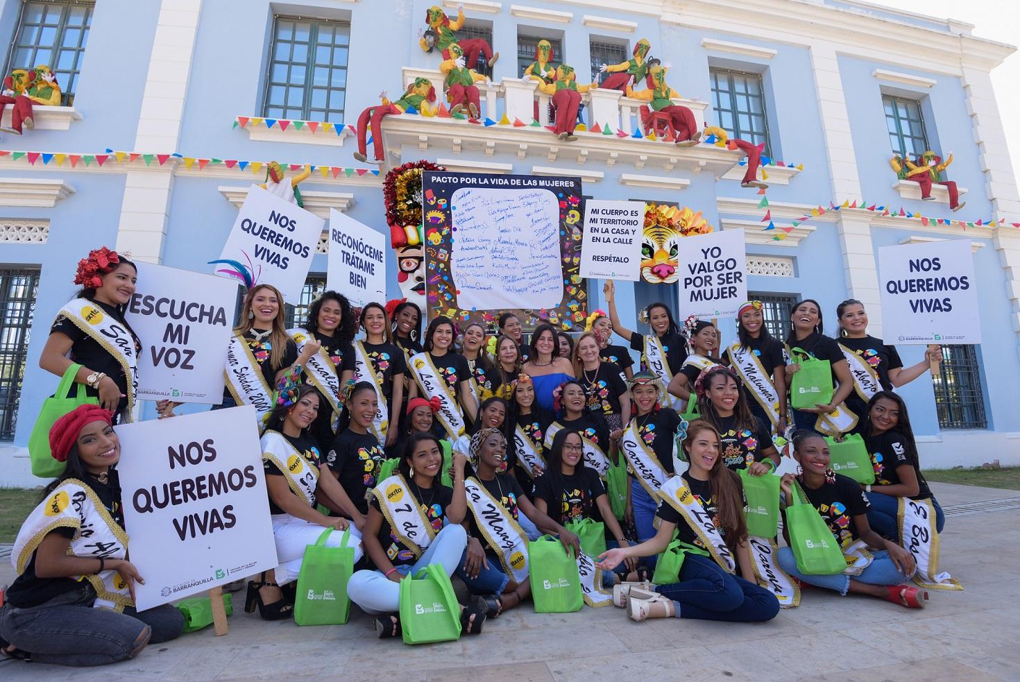 Reinas populares del Carnaval firman pacto por la vida de las mujeres