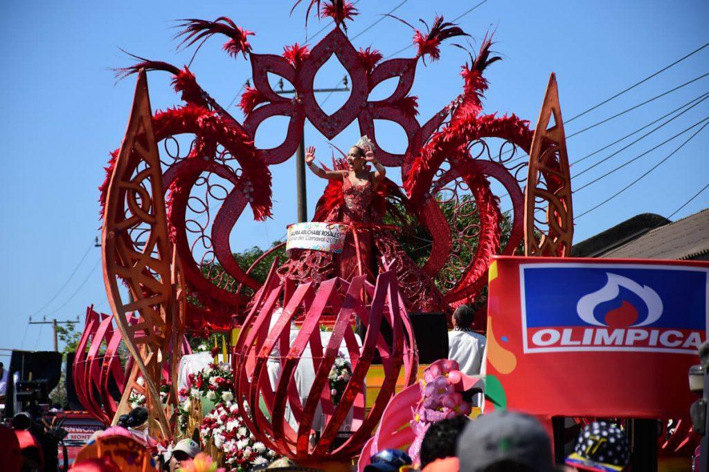 Mención Especial a 'Musa', la carroza de la Reina del Carnaval. Diseñada por Elias Torné y elaborada por el maestro Orlando Pertúz.