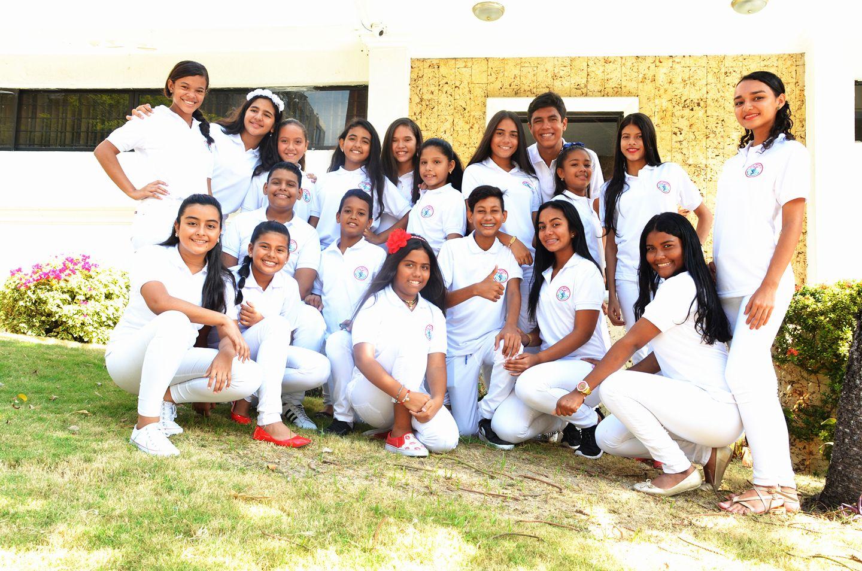Fundación Voz Infantil – Hola Juventud y UPA celebran aniversario con exposición fotográfica