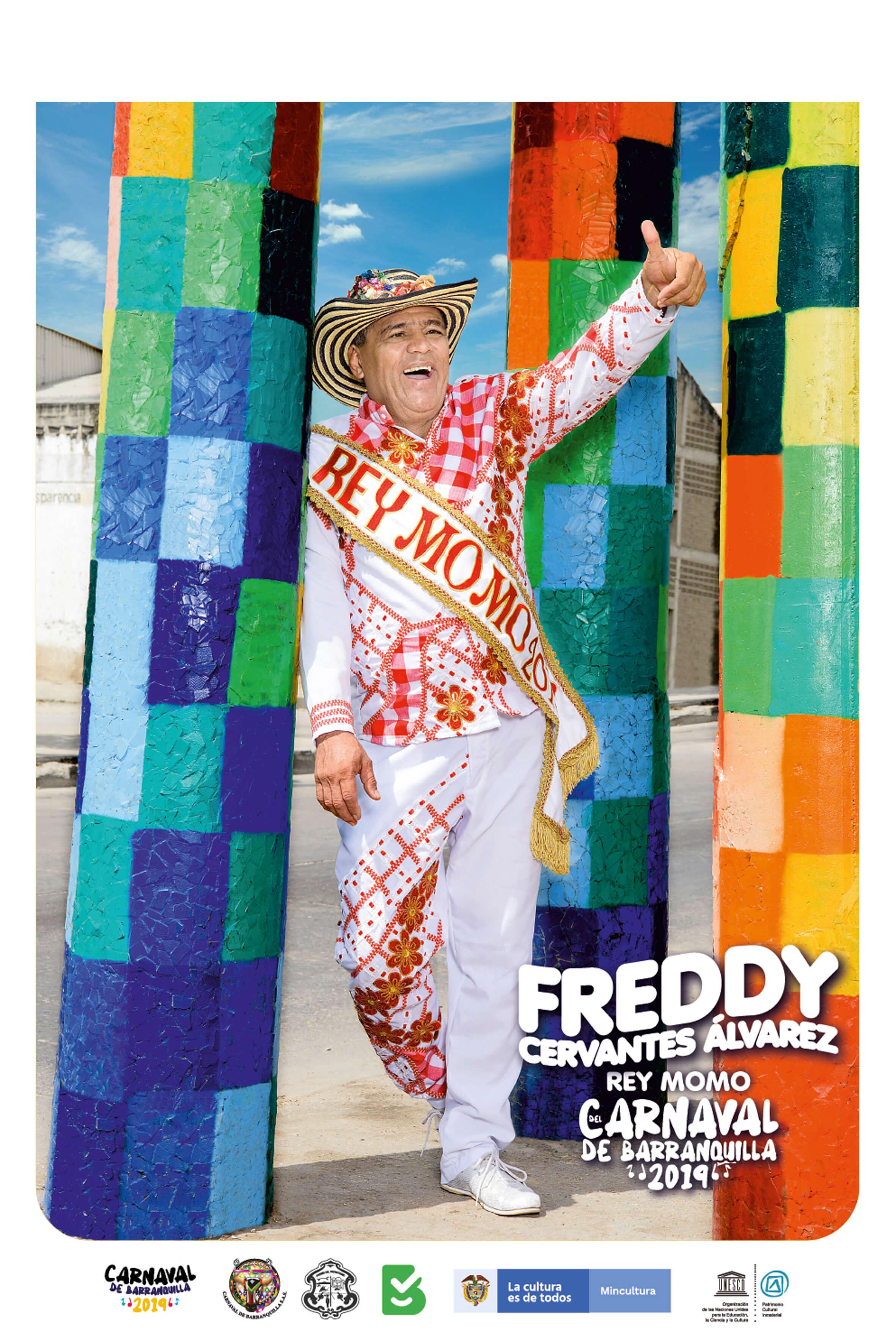 Rey Momo Freddy Cervantes presenta afiche e inaugura su palacio 'Letanía y más Ná' con toma en Rebolo