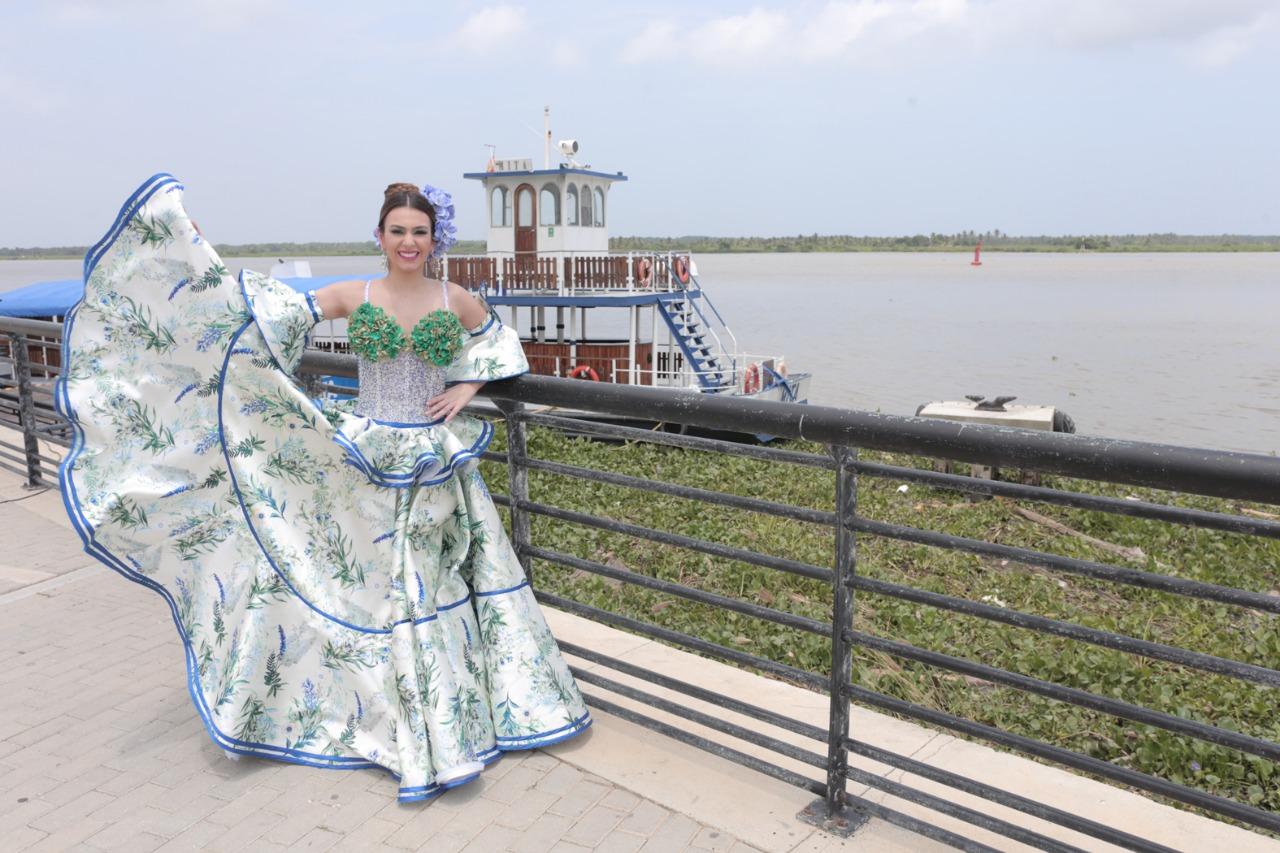 La Reina Carolina Segebre Abudinen, lleva la alegría del Carnaval de Barranquilla a Miami