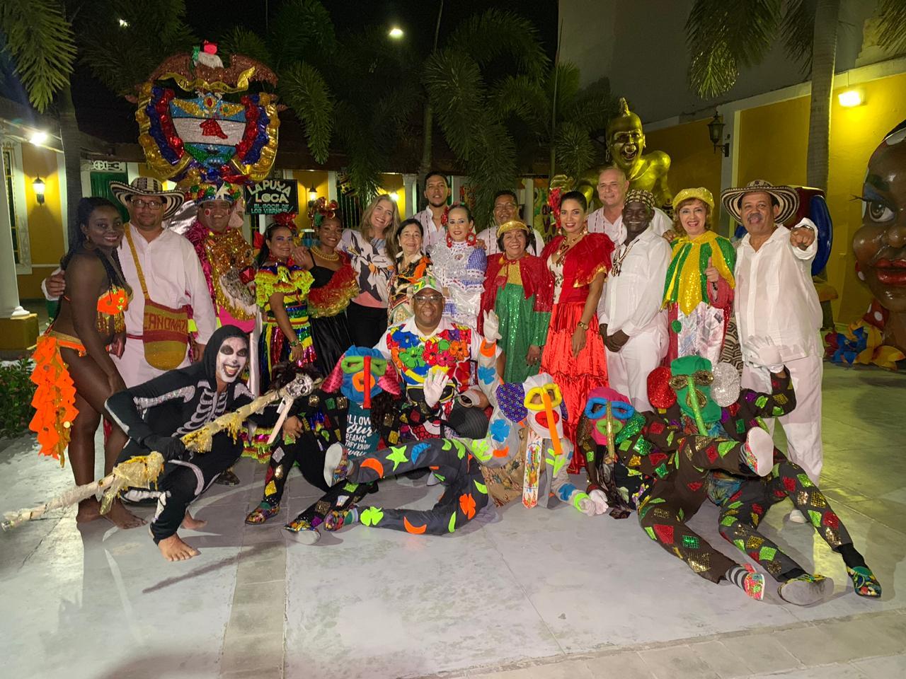 Con anécdotas e historias carnavaleros recuerdan visita a la Unesco y otros países