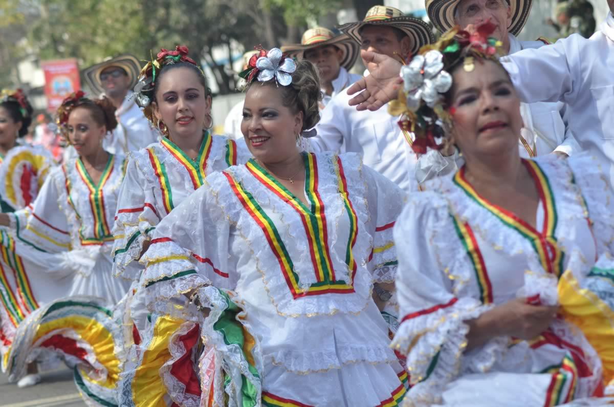 Cumbiamba La Arenosa celebra 72 años
