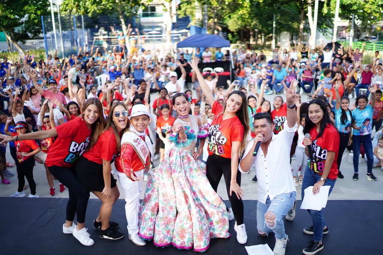 Baila que baila pone ritmo al Carnaval de los Niños