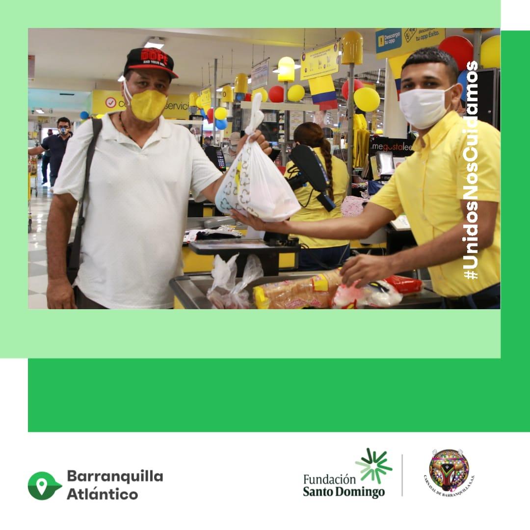 Carnaval de Barranquilla y Fundación Santo Domingo entregaron ayudas a 600 hacedores