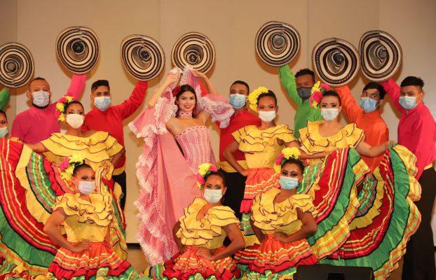 Reina Valeria celebra el día mundial del folclor con maestros del Carnaval de Barranquilla